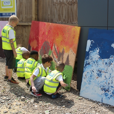 Local school pupils come to Lockleaze site for 2017 Ivor Goodsite Hoarding Competition