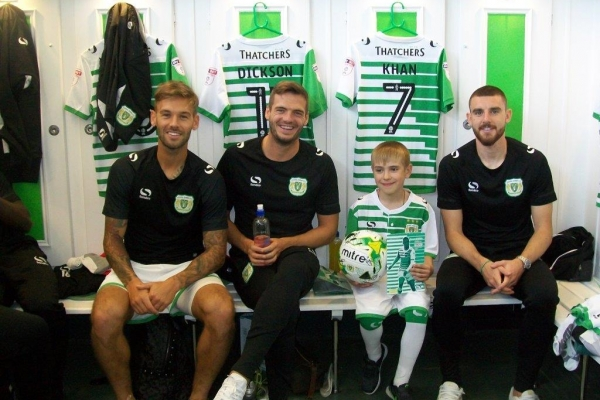 Glovers help to give young Belarusian a day to remember