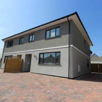 Locking Road 3 bedroom house with outbuildings, Weston-Super-Mare